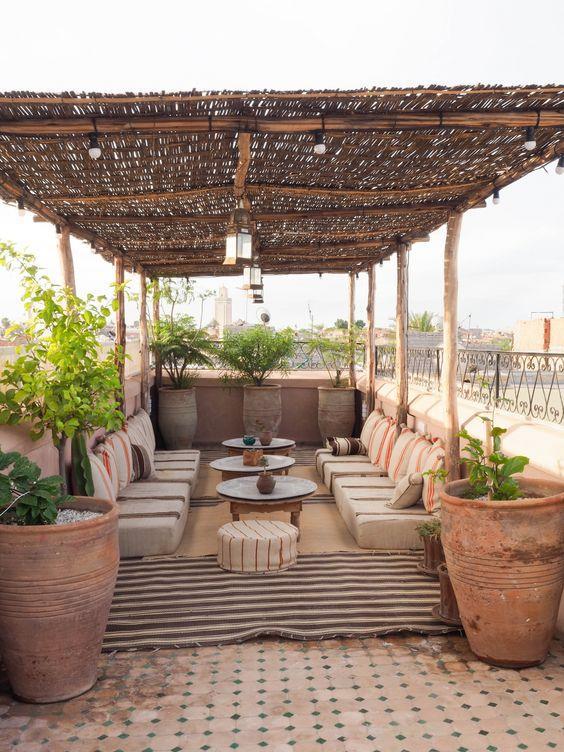 Salon de jardin oriental : comment faire ?