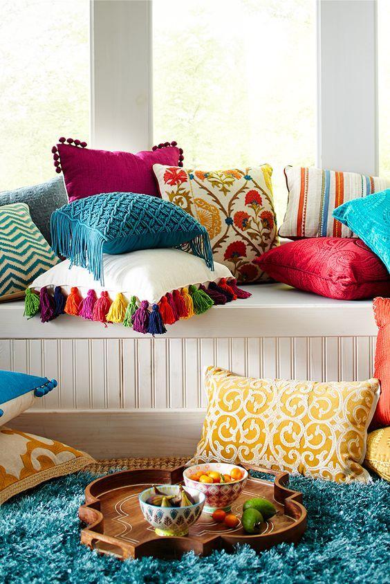 Ensemble de coussins colorés