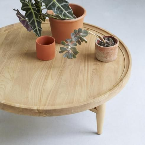 Table basse simple en bois